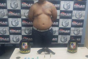 ROCAM PRENDE INFRATOR POR TRÁFICO DE DROGAS E ARMA DE FOGO NA ZONA NORTE (1)