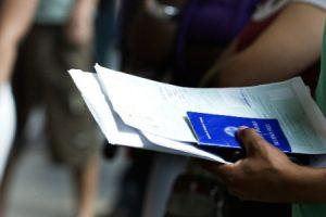 midia-indoor-desemprego-seguro-desemprego-carteira-de-trabalho-1263914866285_615x300