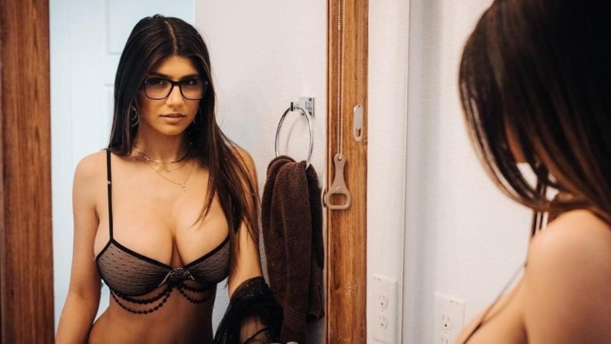 Atriz Porno Kalifa famosos | mia khalifa deixa internautas babando após postar